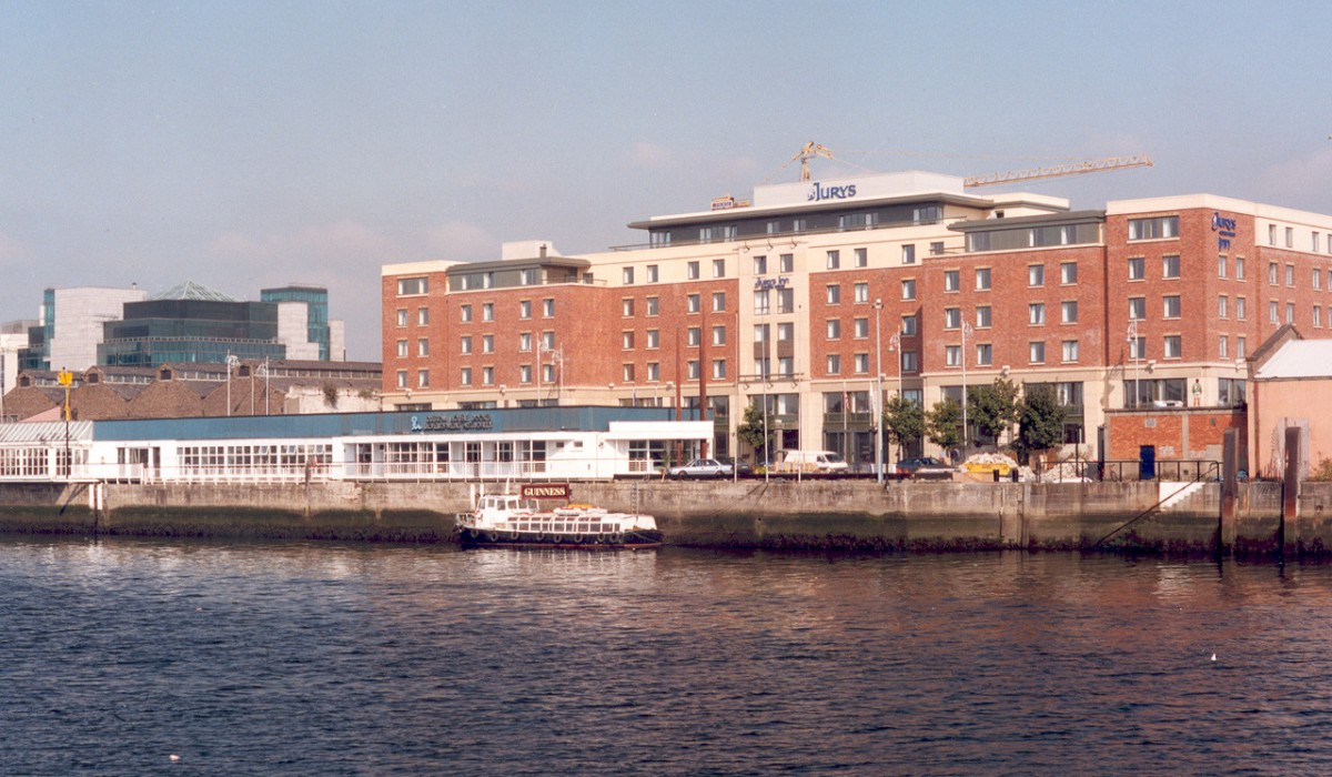 Jurys Inn Custom House Hotel Dublin City Centre - …